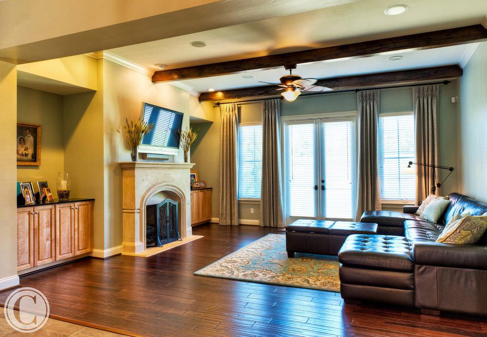 Large Family Room, Dark wood Overhead Beams, Dark Wood Flooring, Glen Kernan, Jacksonville, FL ©Mark Sain Wilson Photography