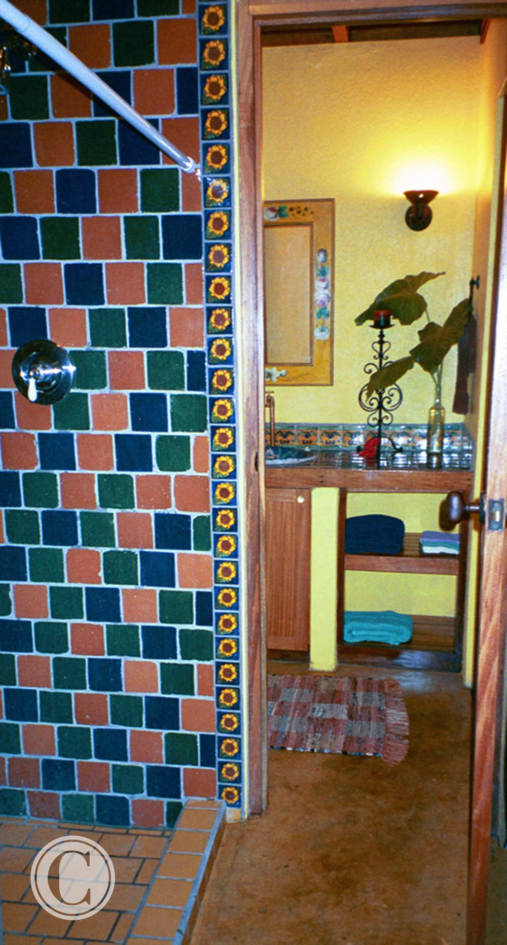 bathroom-costa-rica-cornelius-construction (4).jpg