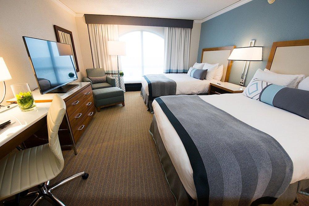 lowes hotel.jpg