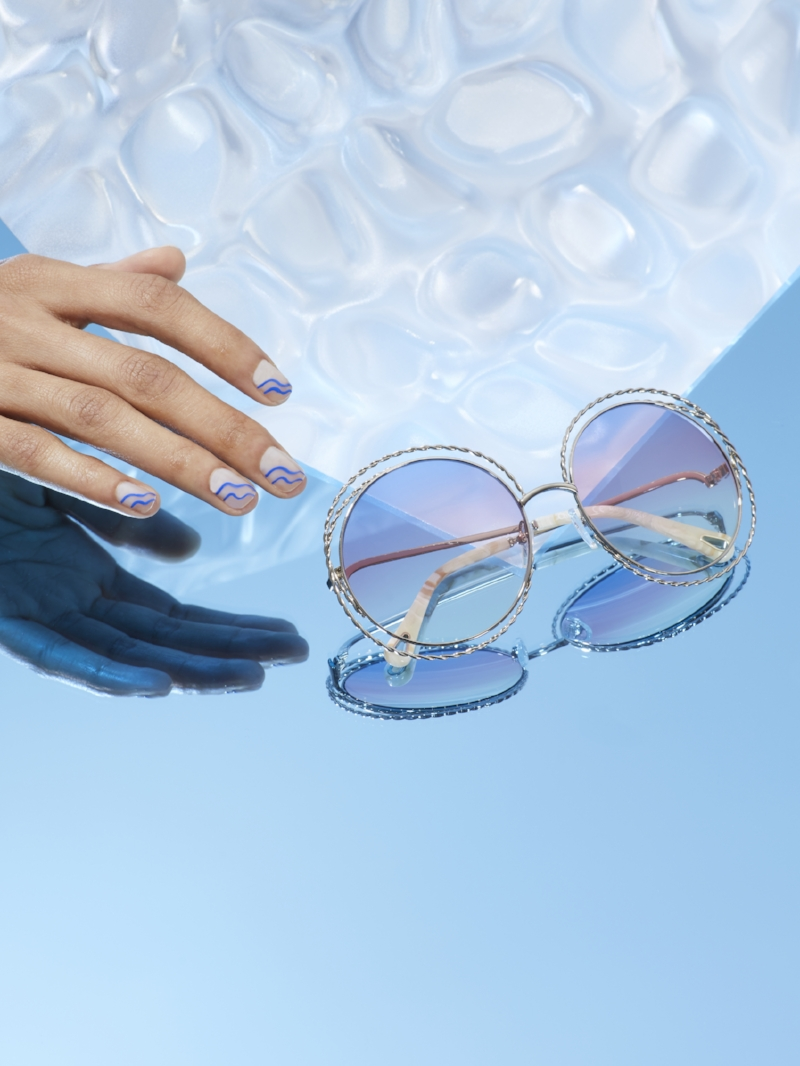 minimal-wavey-nail-art-chloe-sunglasses