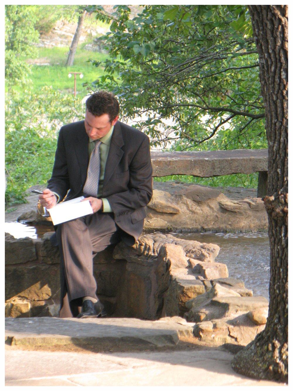 Meet Expert Wedding Officiant: - Reverend Jay Howell
