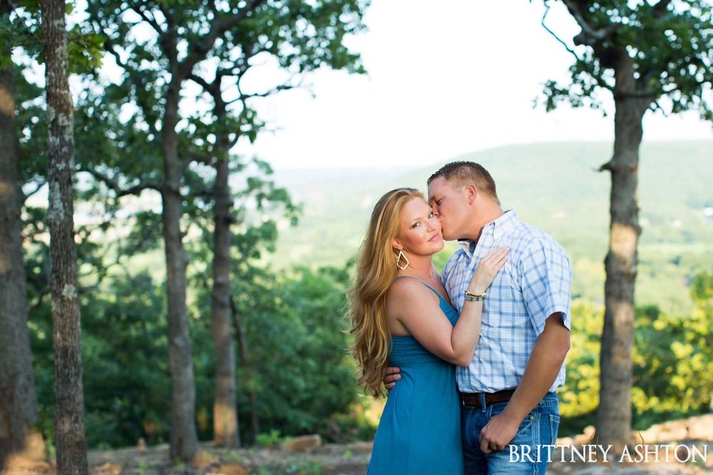 Outdoor Engagement Pictures Tulsa Wedding Location.JPG