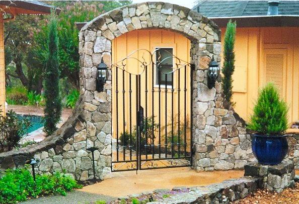 stone arch entry gate.jpg