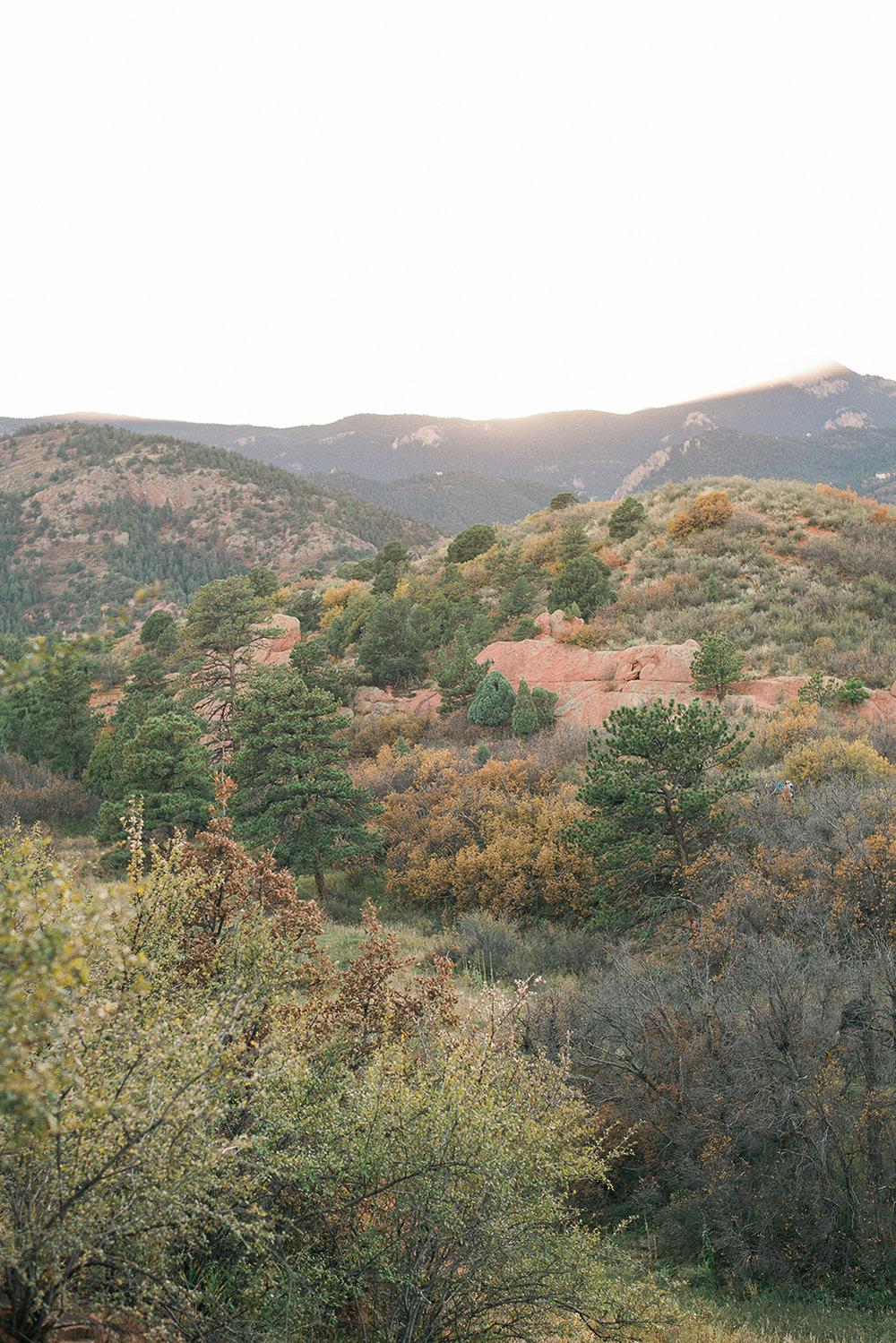red-rocks-open-space-colorado-springs-engagement-skylar-rain-m-p-5.jpg