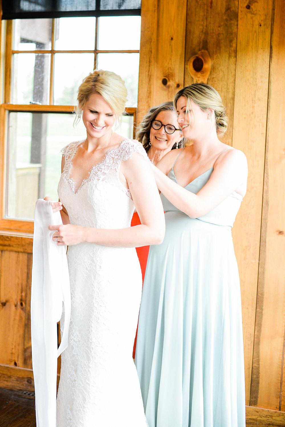 colorado-mountain-wedding-photographer-devils-thumb-ranch-wedding-n-k-3.jpg