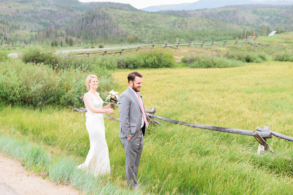 colorado-mountain-wedding-photographer-devils-thumb-ranch-wedding-n-k-4.jpg
