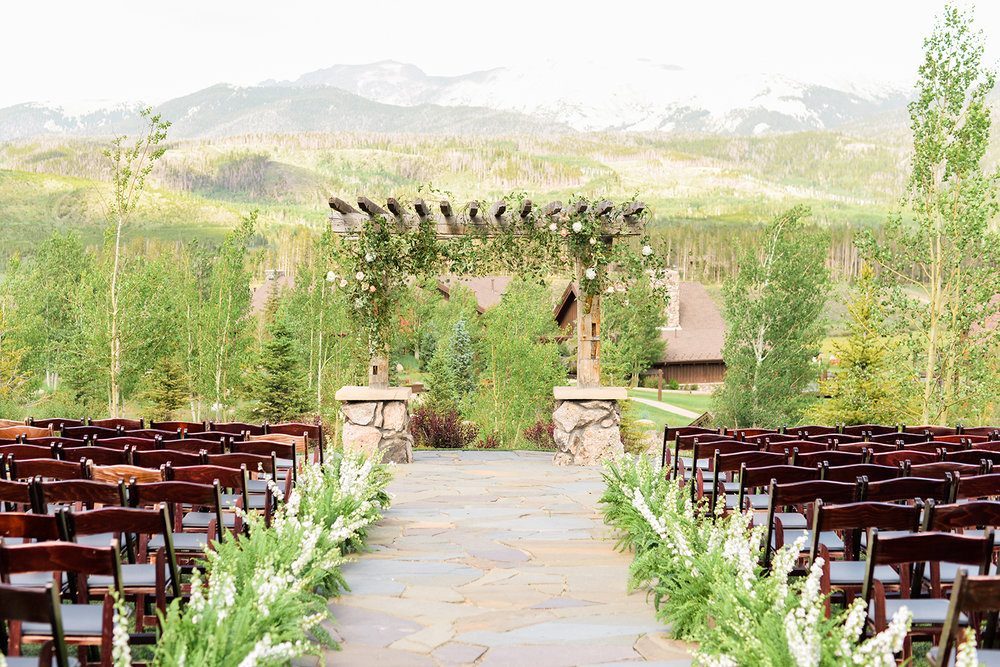 colorado-mountain-wedding-photographer-devils-thumb-ranch-wedding-n-k-14.jpg