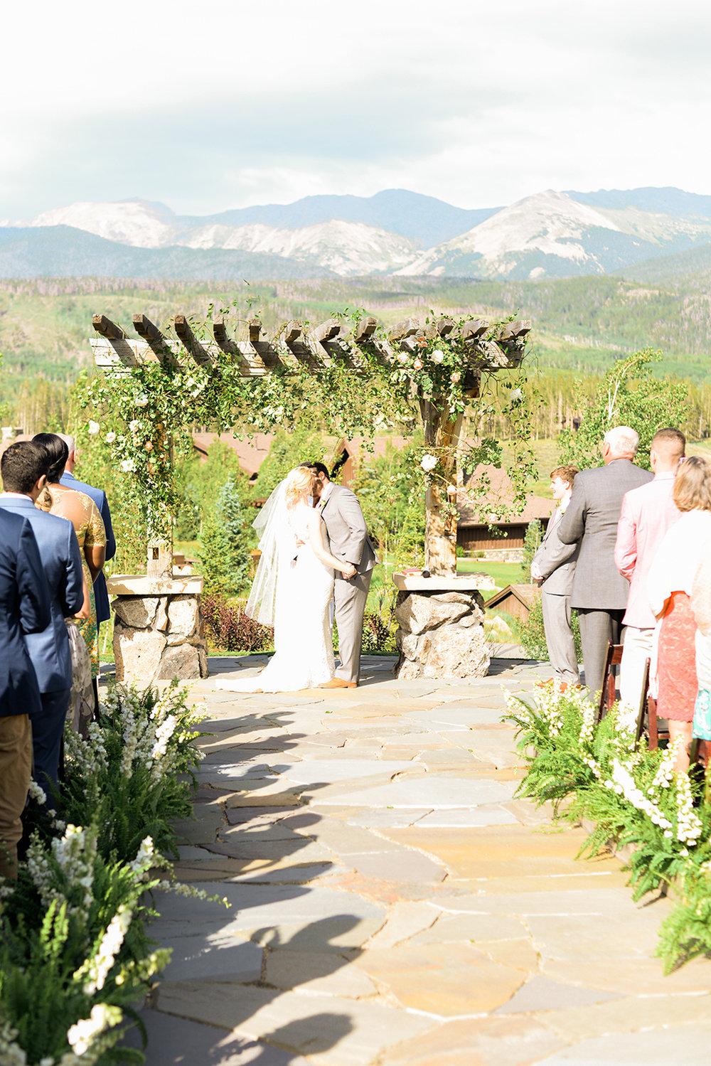 colorado-mountain-wedding-photographer-devils-thumb-ranch-wedding-n-k-23.jpg