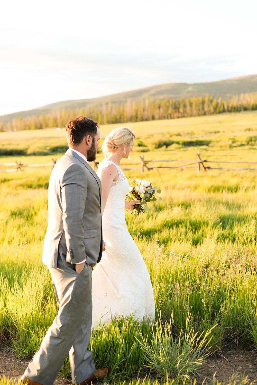 colorado-mountain-wedding-photographer-devils-thumb-ranch-wedding-n-k-32.jpg