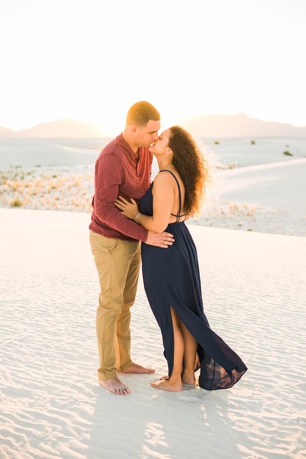 white-sands-engagement-new-mexico-photographer-j-j-22.jpg