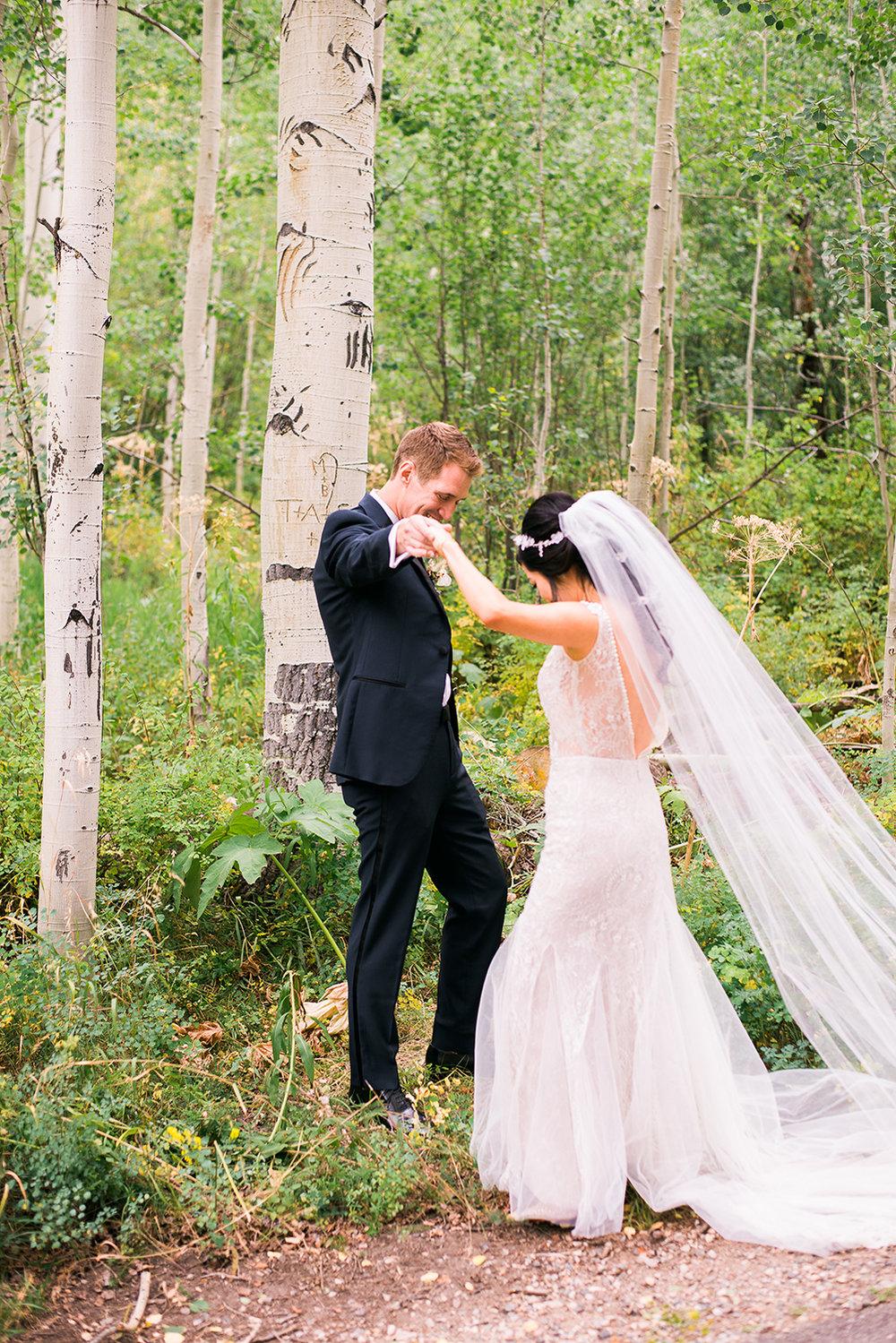 colorado-mountain-wedding-vail-wedding-photographer-16.jpg