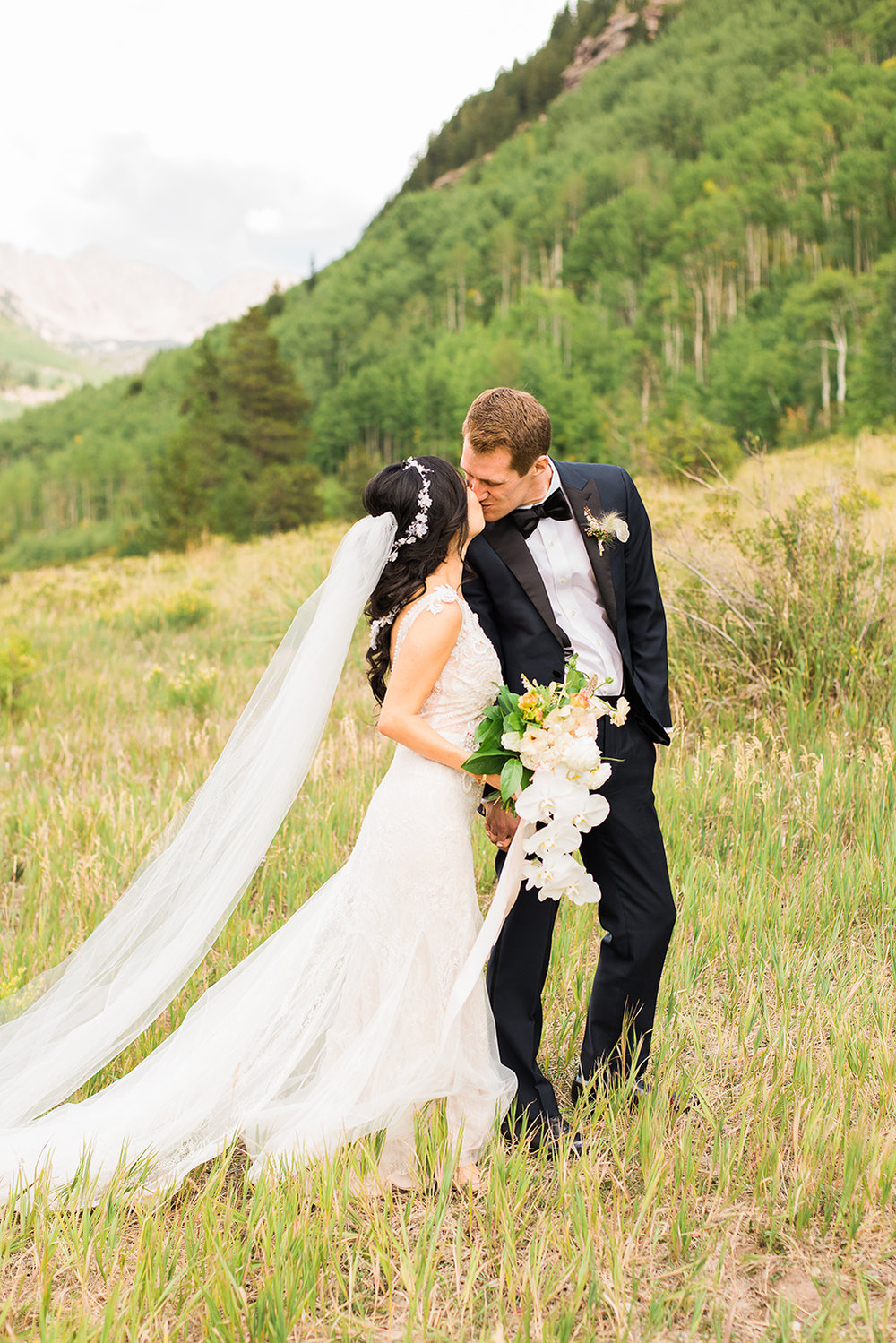 colorado-mountain-wedding-vail-wedding-photographer-37.jpg