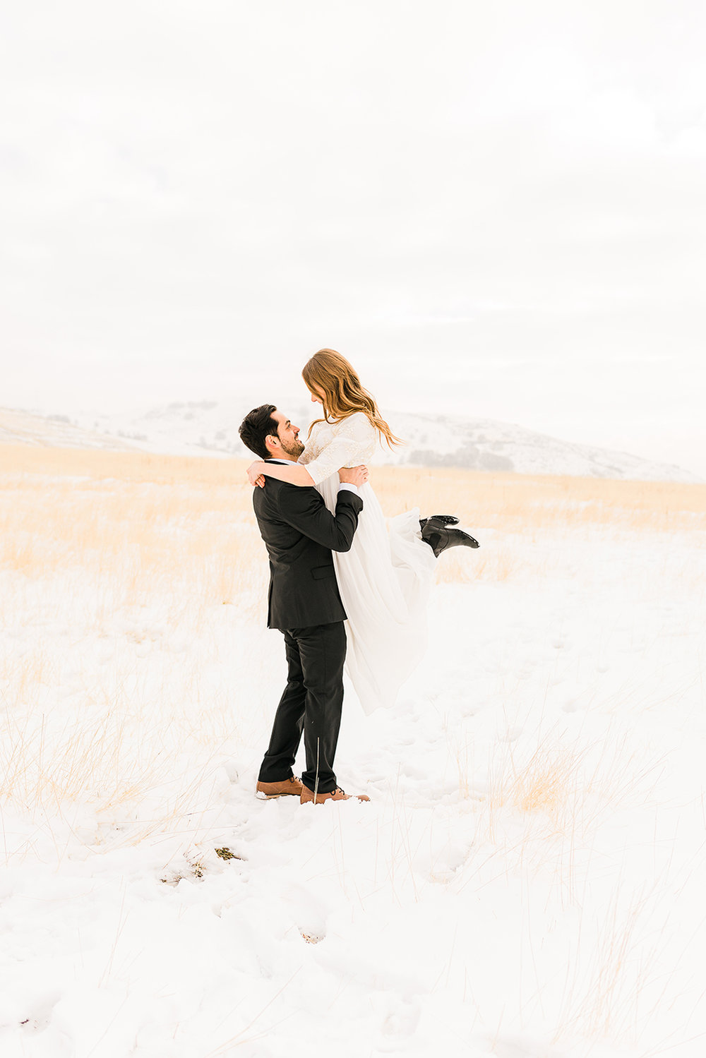 colorado-winter-elopment-colorado-springs-wedding-photographer-26.jpg
