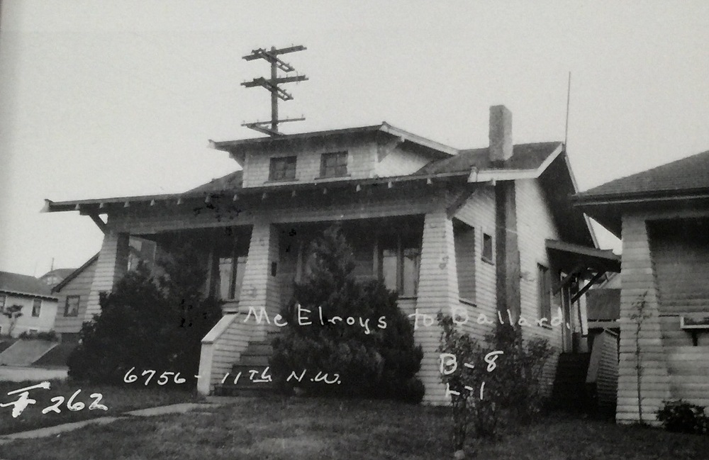 An early photo of Drew and Jacob's house from the 1930's, complete with dormer windows and a working chimney.