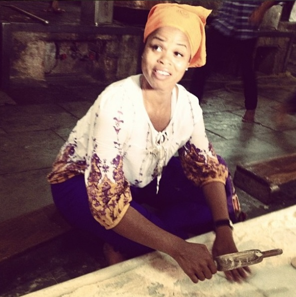 natalie making naan india.jpg