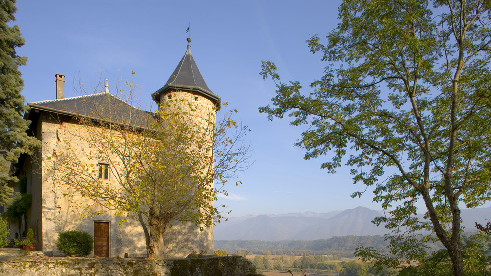 Chateau High Res (30).jpg