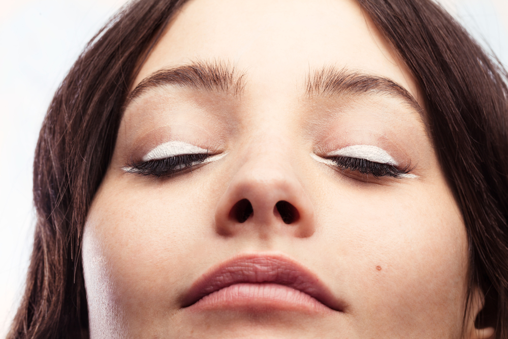 refresh your synthetic eyelash extensions