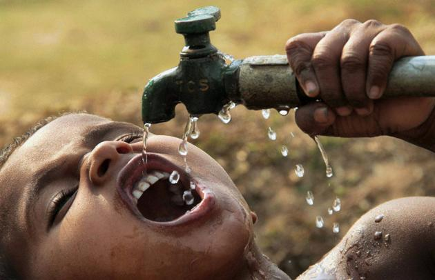 water1-Chai-Bisket.jpg