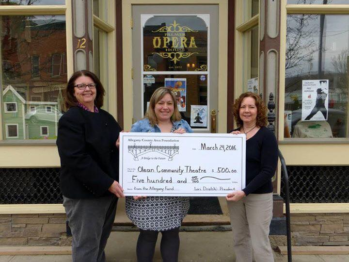 The Allegany County Area Foundation recently awarded a $500 grant to the Olean Community Theatre. This grant money will be used to help bring the Production of ORDINARY DAYS to the Palmer House.