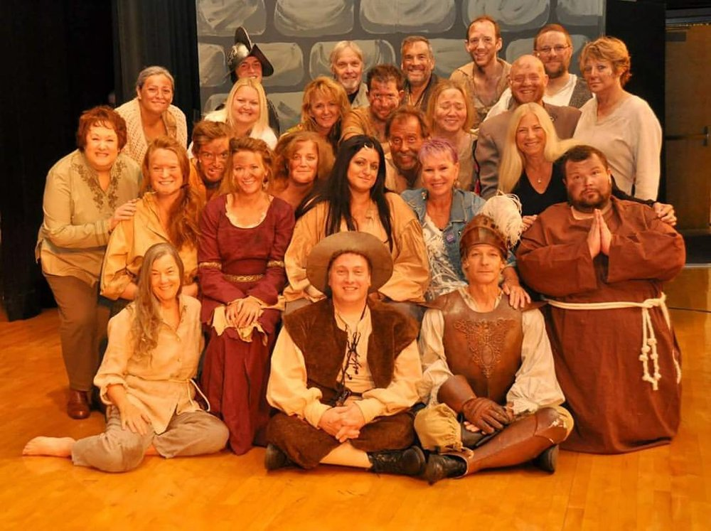 Cast of Man of La Mancha