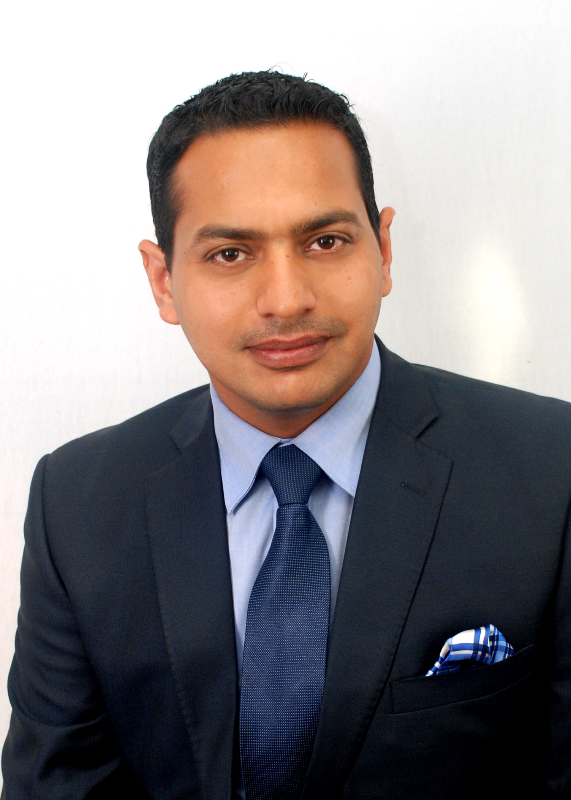 Raj Headshot.JPG