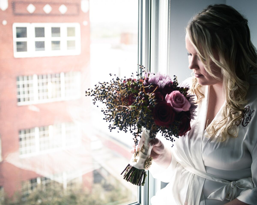 Ashleigh+and+Bouquet.png