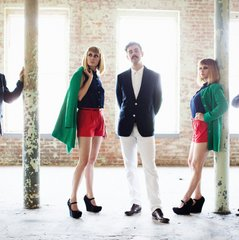 "An Exclusive Video of  ""Turn It Around"" by Lucius"