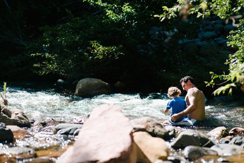 110-photographer-captures-family-vacation-in-sedona-arizona.jpg