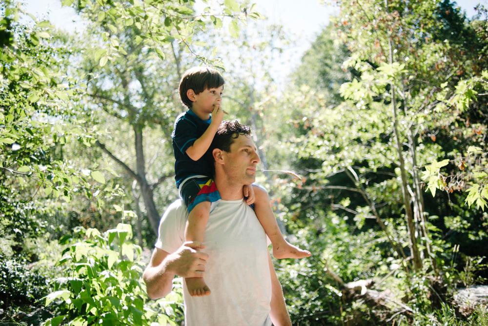 111-phoenix-family-photographer-lifestyle-photography-of-family-in-sedona.jpg
