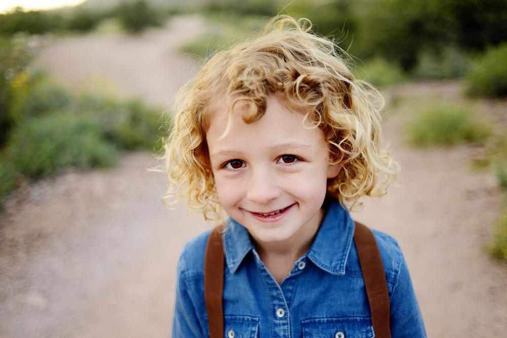 061-best-phoenix-family-photographer-with-children-in-superstition-mountains-desert.jpg