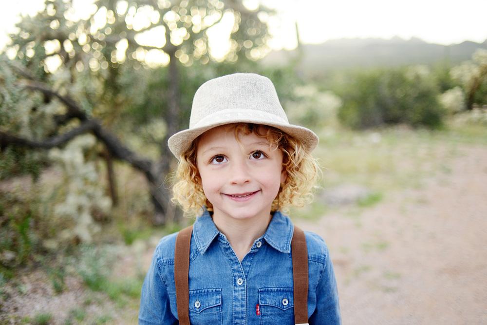064-best-phoenix-family-photographer-with-children-in-superstition-mountains-desert.jpg