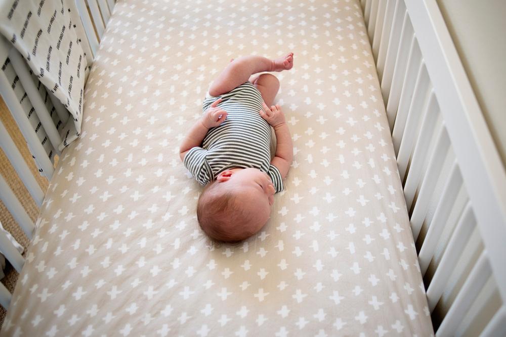 117-newborn-photographer-in-phoenix-arizona-lifestyle-session.jpg