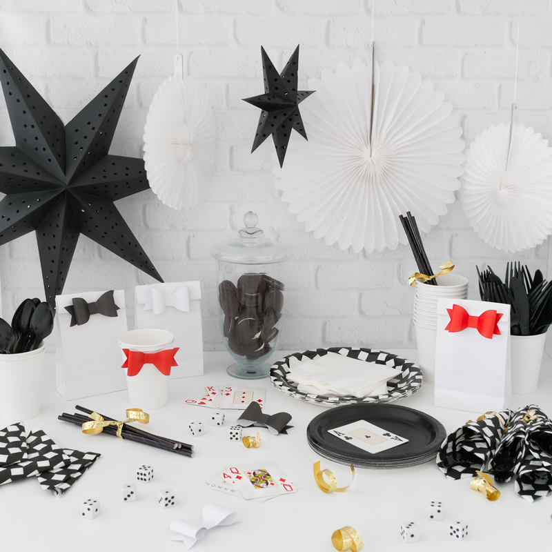 Party-Kit---Monochrome-2477-copy.jpg