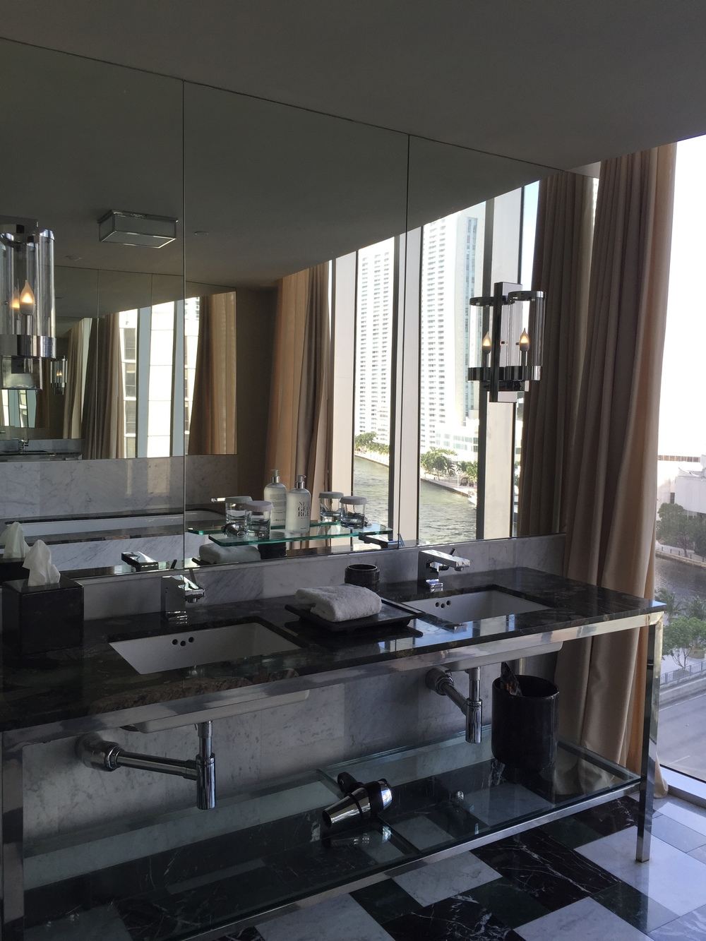 Viceroy Miami Corner Suite Bathroom Vanity