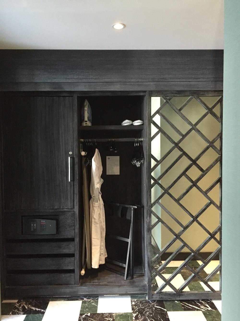 Viceroy Miami Corner Suite Closet