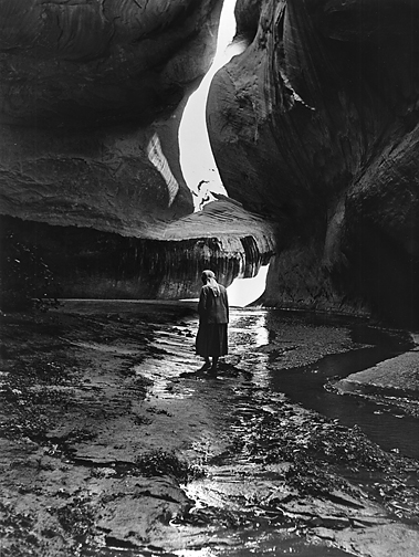 Georgia_OKeeffe_in_Twilight_Canyon_Lake_Powell_1964.jpg