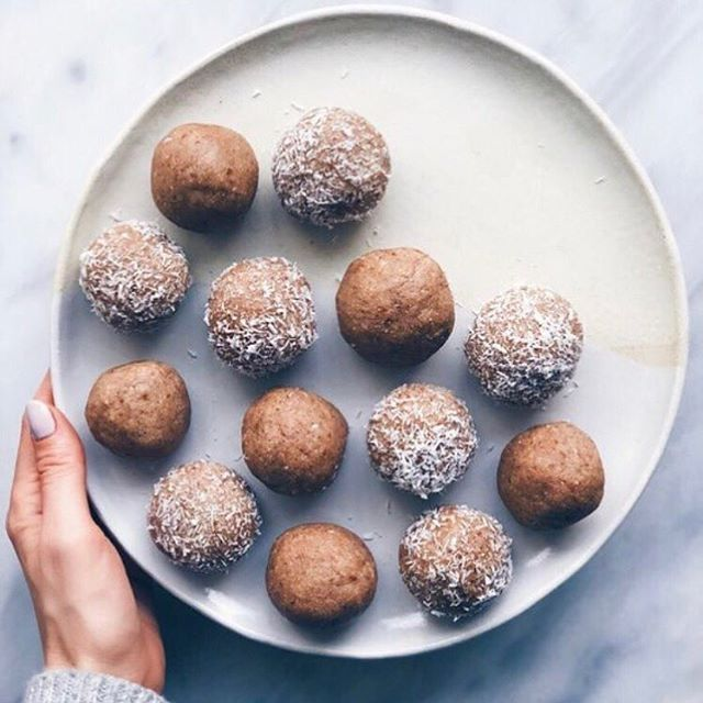 Our favourite way to snack, with fudgy delicious and wholesome @fit_mixes Protein Balls. Part of our Bliss Bounty Box! 📸 @fit_mixes