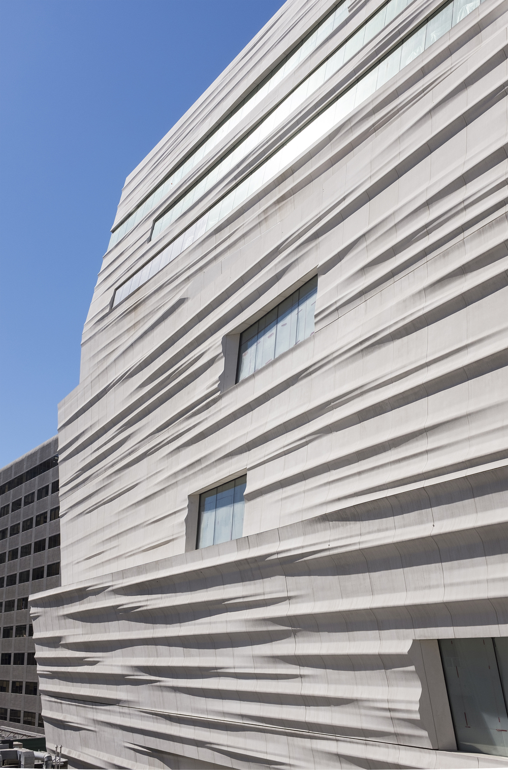 24. SFMOMA façade of Snøhetta expansion; photo © Henrik Kam, courtesy SFMOMA.jpg