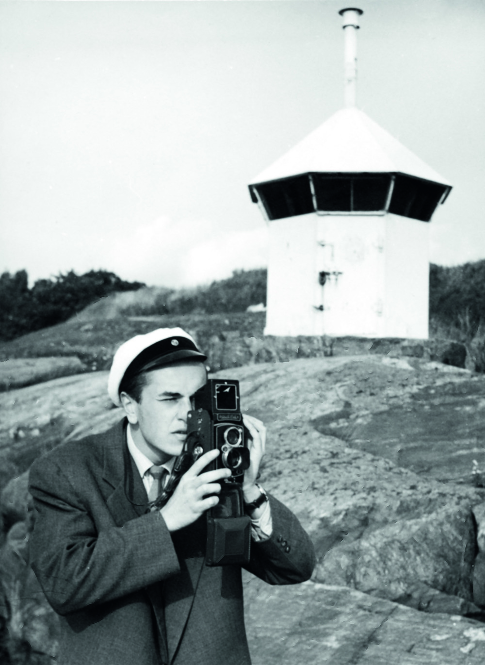 DM_Eero Aarnio filming in the end of 1950's. c_Eero Aarnio archive.jpg