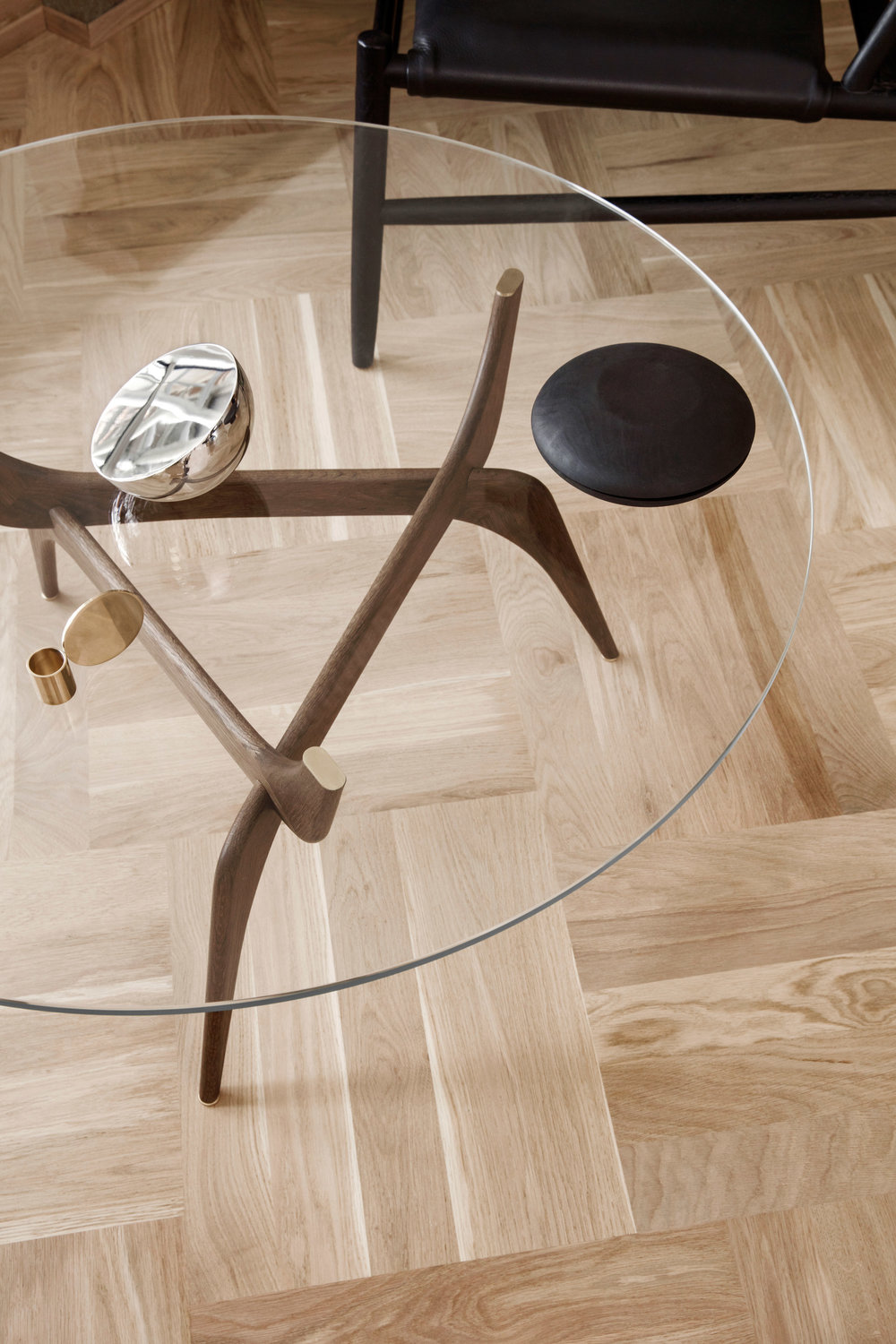 triiio-tables-hans-bolling-brdr-kruger-design-furniture_dezeen_2364_col_0.jpg