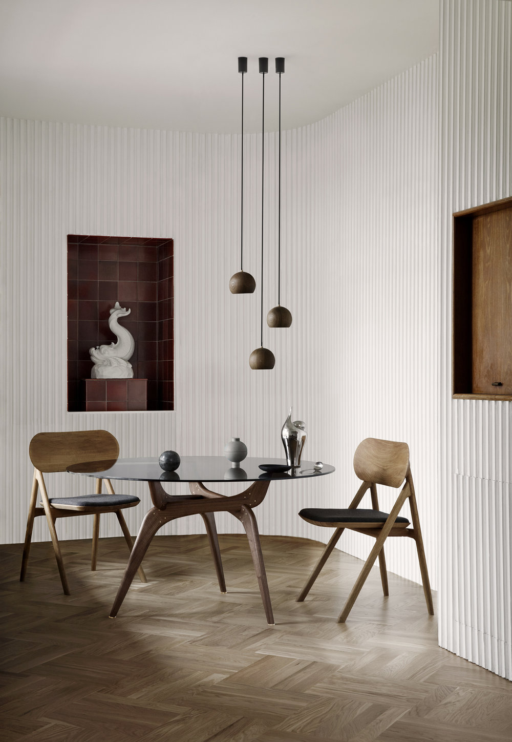 TRIIIO dining table walnut & THEODOR.jpg