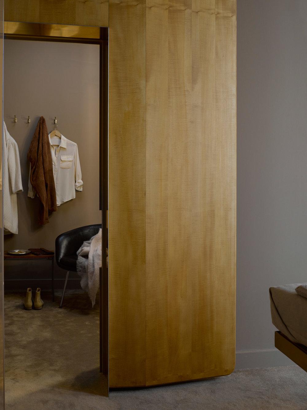aesop-paulin-paulin-paulin-pop-up-paris-interiors-retail-shops_dezeen_2364_col_12.jpg