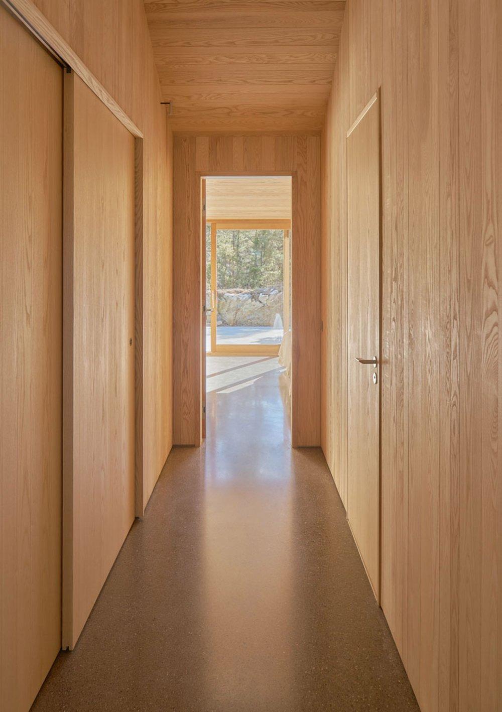 krokholmen-house-tham-videgard-architecture_dezeen_2364_col_9.jpg