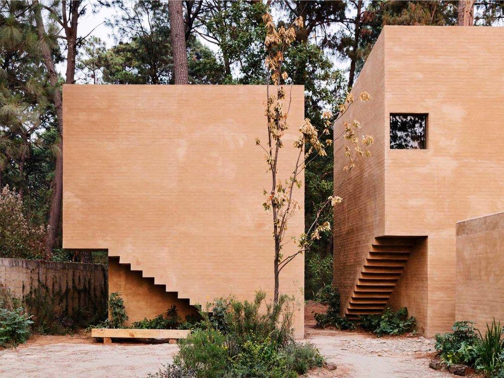 Entrepinos-Housing-in-Valle-de-Bravo-Mexico-by-Taller-Hector-Barroso-Yellowtrace-03.jpg