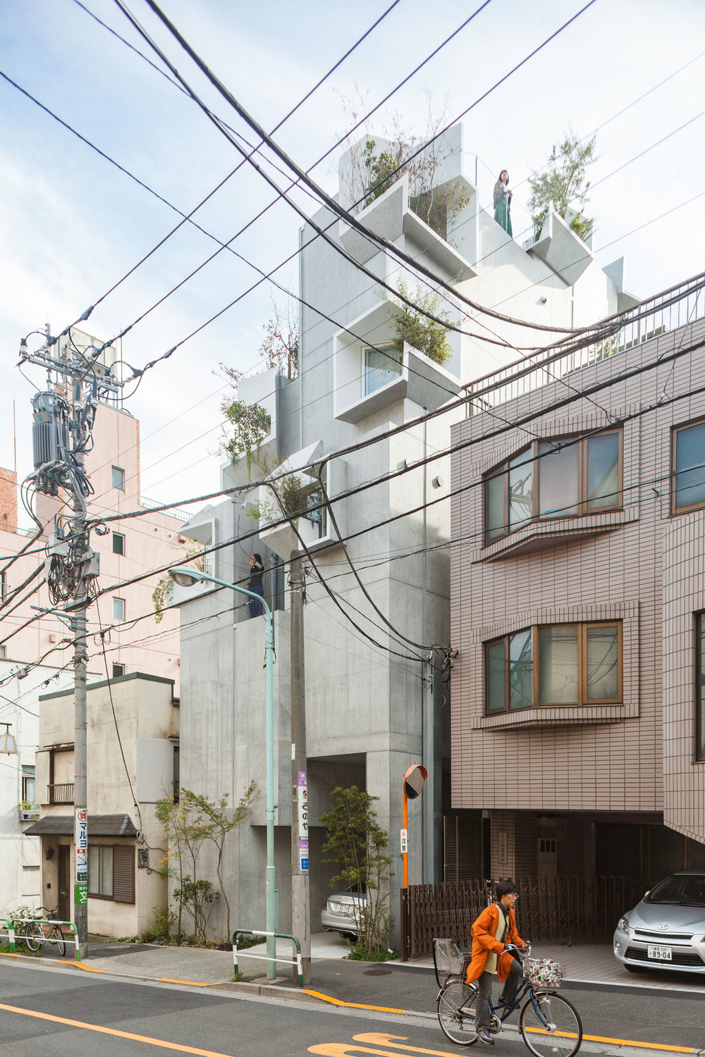 Tree-ness-House-Toshima-Japan-by-Akihisa-Hirata-Yellowtrace-03.jpg