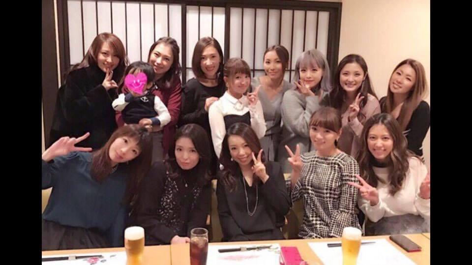 Ayaka (Coconuts M.), Iida (MM 1st), Maeda, Yaguchi (MM 2nd), Heike, Ohtani (Melon), Ishikawa (MM 4th gen), Saitou (Melon) Murata (melon), Kominato (T&C), Inaba (T&C), Yasuda (MM 2nd), Satoda