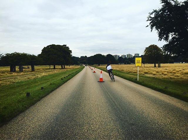 Car free roads in Richmond park today thanks to the London Duathlon 👌🏻🚲 #littlewheels #fromwhereiride #littleadventures