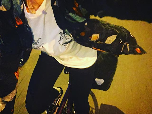 🚲🚲🚲 #littlewheels #girlswhoride #shirtsbeflyin