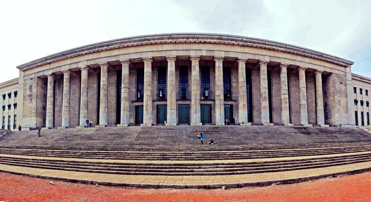 Panoramic shot of the School of Law of the University of Buenos Aires