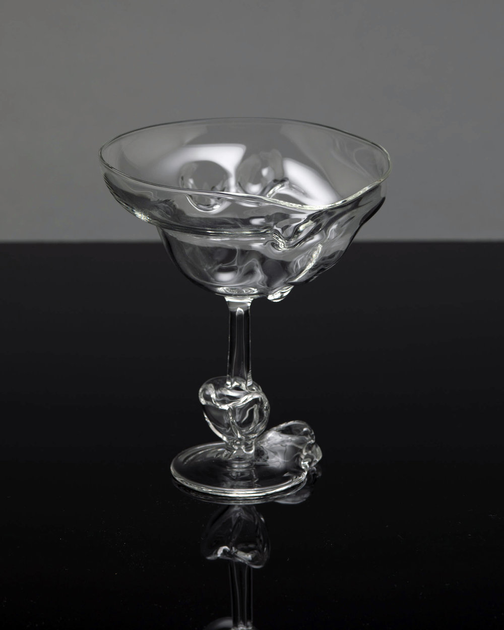 TheSeondLine-glass1.jpg